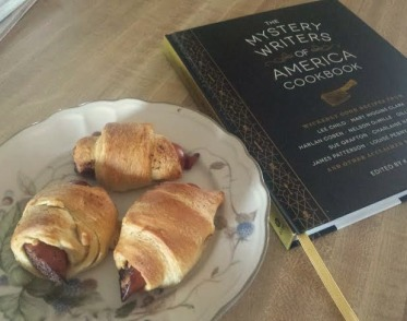 Mystery Writers Of America Cook Book, Sheila DeChantal,Male Chauvenist Pigs In A Blanket Book Journey